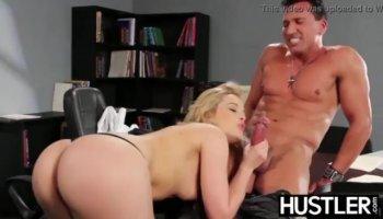 Bella Teenie Primo Casting Porno